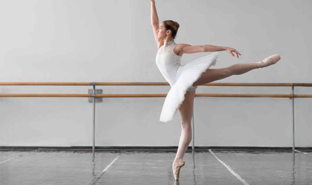 https://www.soloidiomas.com.br/wp-content/uploads/2019/05/inner_event_dance_03-640x379.jpg